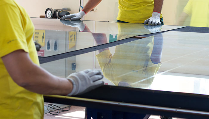 Glass repairs by Twin Cities Glass and Aluminium Townsville